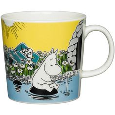 Moomin summer season mug only made as a limited set. Available in April Made in Finland! The design is taken from the Moomin falls in love in the comic album Moomin Shop, Moomin Mugs, Scandinavian Furniture, Scandinavian Design, Tove Jansson, Nordic Home, Lifestyle Shop, Marimekko, Ceramic Mugs
