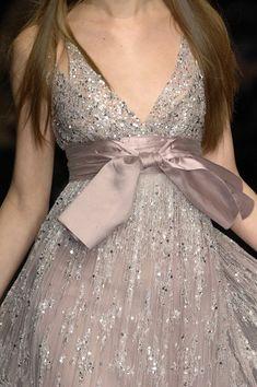 details Elie Saab at Couture Spring 2007.