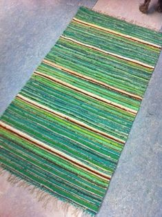 Vantaan Kutojat ry Rag Rugs, Tear, Recycled Fabric, Woven Rug, Beach Mat, Recycling, Outdoor Blanket, Weaving, Art Prints