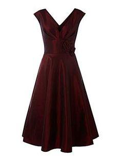 93e541e7b7 Loving this retro inspired dress! Shades Of Red