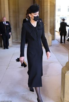 Grand Prince, Prince William And Kate, William Kate, Prinz Phillip, Elisabeth Ii, Isabel Ii, Kate Middleton Style, Queen Elizabeth Ii, Royal Fashion