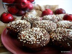 Babeczki kakaowe z jabłkami - http://www.mytaste.pl/r/babeczki-kakaowe-z-jab%C5%82kami-3900774.html