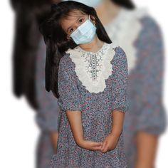 👩🏻💻 COMANDA MASTILE PE WWW.VOGLIA.RO Masti faciale pentru copii, Uz Medical, 3 pliuri, 3 straturi, si tija nazala, 50 buc Dimensiune: 9x14 cm Fara latex, fara alergeni, filtrare bacteriana 95% (meltblown) format ergonomic cu elastic, cu clema de nas usor reglabila: 3 straturi dintr-o tesatura moale #mastipentrucopii #mastideprotectie #mascapentrucopil #protejeazaticopilul #kids #staiinsiguranta #covid19 #protejeazate #FASHIONKID #fashionask #kids #copii #girl