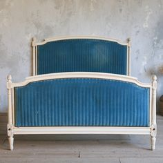 One of a Kind Antique Full Bed Creamy White My Furniture, Furniture Design, Painted Furniture, French Bed, French Cottage, Christmas In Paris, Antique Beds, Bedroom Wardrobe, Paris Apartments
