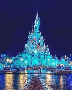 Disney Land Paris! breath taking December 14 2016 at 08:08PM