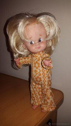 MUÑECA CUCA DE FAMOSA AÑOS 70 Vintage Toys, Kuchen, Antique Dolls, Toys, Celebs, Old Fashioned Toys, Old School Toys