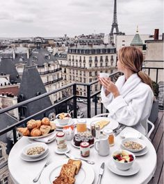 boutique hotel in the heart of amazing Paris! Hote boutique hotel in the heart of amazing Paris! Paris Hotels, San Regis Paris, Paris France, Hotel Des Invalides, Brunch, Triomphe, Breakfast In Bed, Breakfast In Paris, Romantic Breakfast