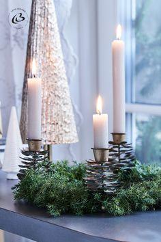 Cosy Christmas, Simple Christmas, Christmas Home, Christmas Decorations, Decor Ideas, Cozy, Inspirational, Candles, Seasons