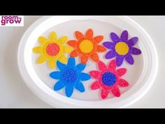 How to Make Blooming Paper Flowers – Make Film Play Blooming Flowers, Flower Petals, Craft Activities For Kids, Crafts For Kids, How To Make Paper Flowers, Preschool At Home, Science Fair Projects, Types Of Flowers, Art Classroom