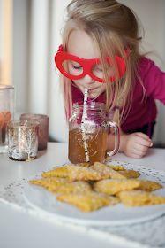 NESTO: Mrkvové šátečky ze špaldy Pancakes, Breakfast, Food, Morning Coffee, Essen, Pancake, Meals, Yemek, Eten