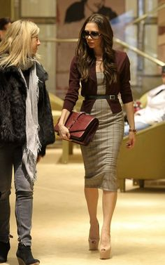 Why is she always so perfect. LOVE her outfit!