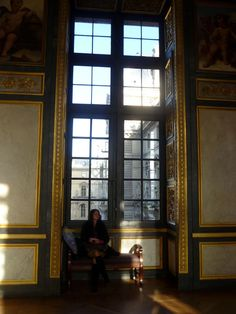 Quiet moment in the Louvre, Paris