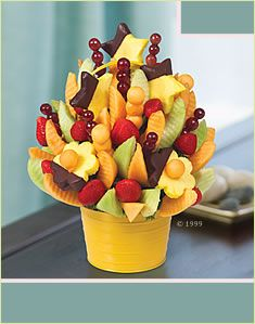 Looking for fruit basket delivery near you? Look no further than Edible Arrangements for delicious fresh fruit baskets for every occasion. Edible Fruit Arrangements, Edible Bouquets, Chocolate Dipped Fruit, Chocolate Covered Strawberries, Delicious Fruit, Yummy Food, Fruit Basket Delivery, Fruit Gifts, Edible Gifts