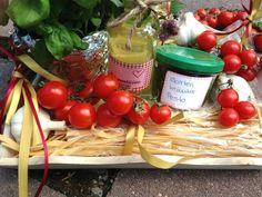 Selbgemachte Pasta zum Verschenken Table Decorations, Diy Gifts, Noodle, Packaging, Dekoration, Dinner Table Decorations