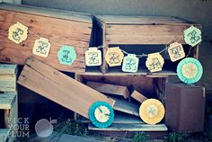 Wooden it be Nice - Love this bunting! Making one when my boards arrive. Also love the pinwheels.