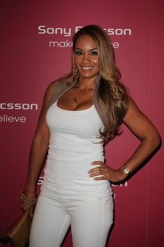 Evelyn Lozada Photos - Evelyn Lozada attends The Sony Ericsson Open Kick-Off Party at LIV nightclub at Fontainebleau Miami on March 2010 in Miami Beach, Florida. - Sony Ericsson Open Kick-Off Party - Arrivals Baby Boy Basketball, Basketball Wives La, Evelyn Lozada, Layered Cuts, Chris Brown, Celebs, Celebrities, Reality Tv, Celebrity Gossip