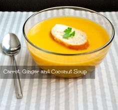 Recipe for carrot, ginger and coconut soup. Healthy and Simple Carrot Recipes, Healthy Soup Recipes, Baby Food Recipes, Vegetarian Recipes, Cooking Recipes, Cooking Stuff, Vegan Soups, Healthy Meals, Carrot Ginger Coconut Soup