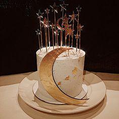 Moon Wedding, Celestial Wedding, Star Wedding, Wedding Night, Wedding Gold, Beautiful Cakes, Amazing Cakes, Wedding Cake Toppers, Wedding Cakes