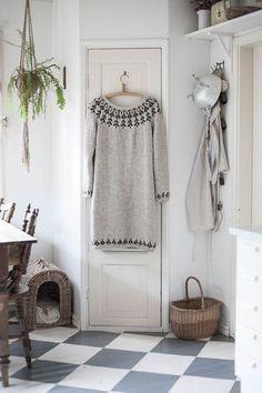 Wardrobe Rack, Lana, Knit Crochet, Knitting Patterns, Sweaters, Crafts, Layering, Knit Patterns, Manualidades