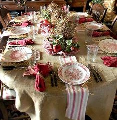 A Country Christmas table. take this shabby chic and fun table to another level with your Casafina Stoneware! French Country Dining Room, French Country Cottage, French Country Decorating, Country Style, Southern Style, Simply Southern, French Country Dishes, Country Rose, Estilo Country