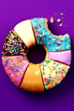 Uploaded by waterbender. Find images and videos about donuts, food and sweet on We Heart It - the app to get lost in what you love. Cute Food, I Love Food, Delicious Donuts, Yummy Food, Colorful Donuts, Food Wallpaper, Donut Recipes, Mini Desserts, Rainbow Desserts
