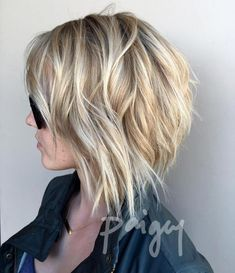 Prom Hairstyles Tousled Bob With Honey Blonde Balayage.Prom Hairstyles Tousled Bob With Honey Blonde Balayage Layered Bob Haircuts, Bob Haircuts For Women, Hairstyles Haircuts, Cool Hairstyles, Hairstyle Ideas, Short Haircuts, Layered Hair, Haircut Short, Layered Choppy Bob