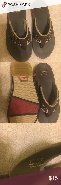 Men's quicksilver flip flops size 8 Men's quicksilver flip flops size 8, worn only a few times in excellent condition! Quicksilver Shoes Sandals & Flip-Flops