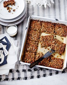 Give your flapjacks a festive makeover this Christmas with this spiced flapjacks recipe from Jamie Oliver; treat your loved ones this Christmas. Vegetarian Roast, Tasty Vegetarian Recipes, Snack Recipes, Dessert Recipes, Tea Recipes, Dessert Bars, Yummy Recipes, Healthy Recipes, Jamie Oliver