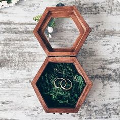 Ring holder with moss Ring Bearer Box Wedding Ring Box by SERENlTY