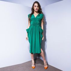 dress Vionnet,  shoes Valentino
