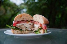 Shrimp Scampi Burgers with Melted Mozzarella and Parmesan Herb Mayo Burger Recipes, Appetizer Recipes, Salad Recipes, Shrimp Burger, Salmon Burgers, Scampi, Wrap Sandwiches, Casserole Recipes, Sliders