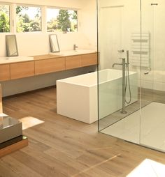 Imagine a bathroom like this- serene, natural and calm. #bathroom #homeinspiration #flooring #engineered #natural #oak