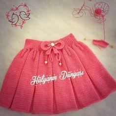49 Ideas Knitting Skirt Pattern Kids For 2019 Baby Cardigan, Knit Baby Dress, Baby Pullover, Baby Vest, Crochet Hat For Women, Crochet Baby Beanie, Crochet For Kids, Knitted Baby, Knitting Blogs
