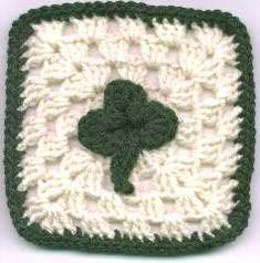 Confession: I absolutely love St. Patrick's Day! If the day has a special place in your heart too, show it with this St Patrick's Day Granny Square. Combine with solid squares to create a beautiful afghan, or repeat this free crochet afghan pattern.