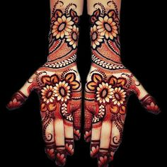 Henna Design Only Palm Images Gallery - Top Henna Design Only Palm Pictures for Girl with Cute Design. Best henna design images collection for Girl Henna Art Designs, Mehndi Designs For Girls, Mehndi Designs 2018, Modern Mehndi Designs, Dulhan Mehndi Designs, Mehndi Designs For Fingers, Wedding Mehndi Designs, Mehndi Design Pictures, Beautiful Henna Designs