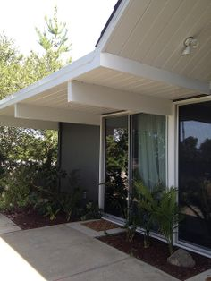 Colour scheme for front of the house wood siding dark for Eichler paint colors