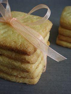 italyan usulü irmikli kurabiye