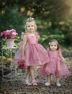 Simple Cute Tulle Flower Girl Dresses, Sleeveless Popular Little Girl Dresses, Pink Flower Girl Dresses, Little Girl Dresses, Girls Dresses, Baby Girl Fashion, Kids Fashion, Hijab Style, Super Cute Dresses, Dress Patterns, Baby Dress