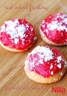 Easily whip up these Red Velvet Nilla Wafers topped with powdered sugar and red velvet frosting. The perfect no-bake dessert to make with your kids!