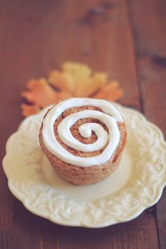 Cinnamon Bun for One~  Ready in minutes, packed with 13 grams of satisfying protein, and has 1 gram of sugar and only 110 calories!