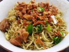 Mie Ayam Solo - Disini ada panduan cara membuat bumbu resep mie ayam solo pangsit bakso yamin ala kampung jawa bangka jakarta bandung yang paling enak dan super spesial.