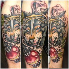 neildransfieldtattoo:  Not the easiest thing to photograph forearm…….
