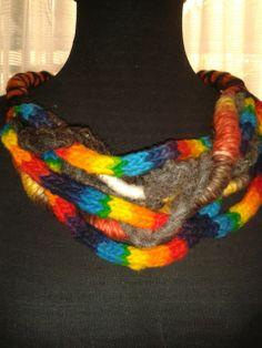 Collar Tejido con fibras naturales