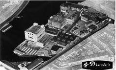 Luchtfoto 1968 van de Droste chocoladefabriek in Haarlem - Serc Vintage Photographs, Sci Fi, Art Deco, Van, City, Cacao, Memories, Nostalgia, Science Fiction