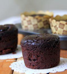 Eggless, Vegan avocado chocolate cupcake