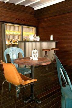 Diseño decoración interiores, terraza restaurante La Misión. | Muebles vintage, mobiliario retro e industrial