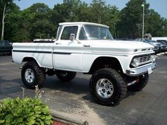4x4 chevy trucks women posing | Dream car on Pinterest | Trucks, Chevrolet and 4x4