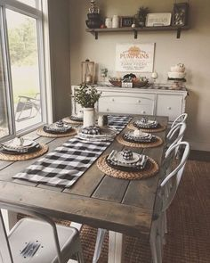 40 wunderbare Bauernhausstil Esszimmer Ideen - Claire C. - Jella Löwe - 40 wunderbare Bauernhausstil Esszimmer Ideen - Claire C. Farmhouse Kitchen Decor, Kitchen Dining, Farmhouse Ideas, Farmhouse Chic, Farmhouse Dining Rooms, Farmhouse Placemats, Farm Kitchen Ideas, Dining Hutch, Farmhouse Design