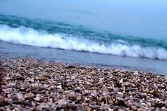 The Pebbles & Waves 😎  #canonphotos #canoneos100d #dslrphotography❤️📷 #omanphotography #pebblebeach #muscat #waves #ig_shotz #travelphotography #montereylocals #pebblebeachlocals - posted by Arun Viknesh https://www.instagram.com/arunviknesh_jrk - See more of Pebble Beach at http://pebblebeachlocals.com/