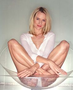 29 Best Looks Naomi Watts Images Naomi Watts Celebrities Actresses